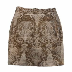 Ecru Slim Skirt Size 2 Tan & White Printed Skirt